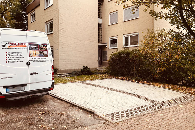 Pflasterarbeiten privat Parkplatz MD-Bau